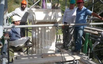 Αναστήλωση του κίονα του αναθηματικού μνημείου των Πτολεμαίων στην Ολυμπία