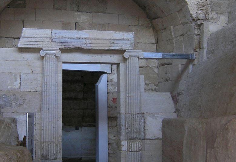 Μακεδονικός τάφος «Μακρίδη Μπέη» στο Δερβένι