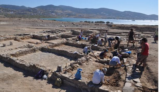Ανακαλύφθηκε συγκρότημα κτηρίων δίπλα σε ναό του Απόλλωνα, στο Δεσποτικό