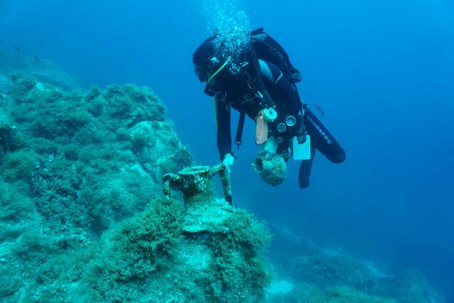 Υποβρύχια αρχαιολογική έρευνα στη Δήλο