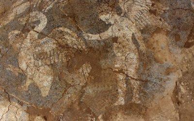 Ανακάλυψη βοτσαλωτού δαπέδου στο Μικρό Θέατρο Αμβρακίας