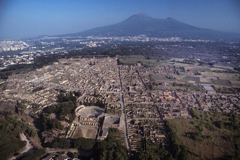Πομπηία και Δήλος έρχονται πιο κοντά. Μια συνεργασία της ΕΦΑ Κυκλάδων και του Αρχαιολογικού Πάρκου Πομπηίας