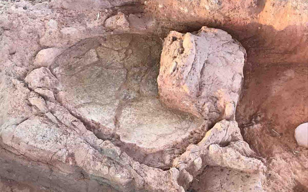 Κουτρουλού Μαγούλα: ανακαλύφθηκαν μνημειακά κτήρια, κλειστοί κεραμικοί κλίβανοι, και εντυπωσιακές περιμετρικές τάφροι
