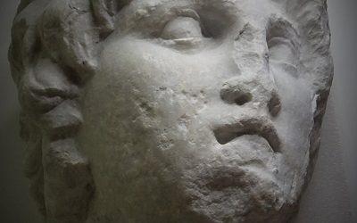 """Ξεχασμένο πορτρέτο του Μεγάλου Αλεξάνδρου """"βρέθηκε"""" στο Αρχαιολογικό Μουσείο Βέροιας"""