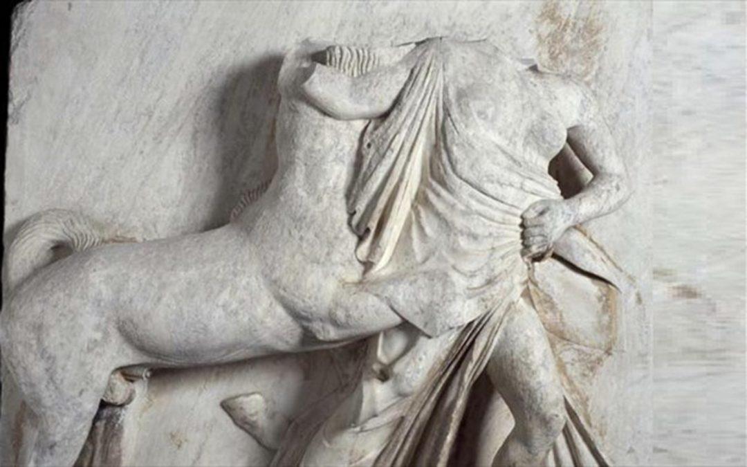 Τα γλυπτά του Παρθενώνα που υπάρχουν στο Λούβρο θα εκτεθούν στο Μουσείο της Ακρόπολης