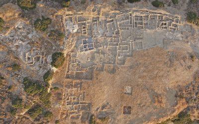Η ανασκαφή του Προ- και Παλαιοανακτορικού Μινωικού νεκροταφείου στον Πετρά Σητείας