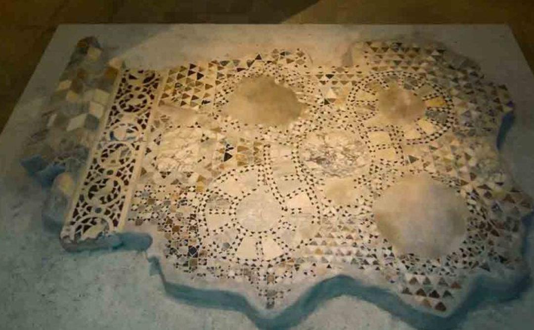 Η συντήρηση του μαρμαροθετήματος δαπέδου από τη μονή Παντάνασσας Άρτας